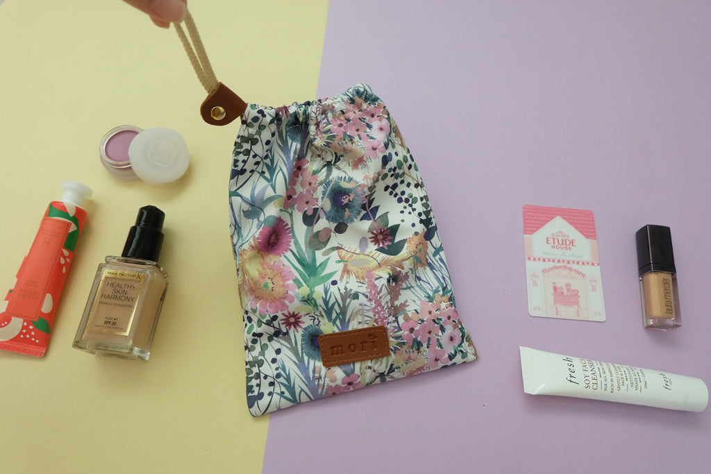 Floral Drawstring Pouch