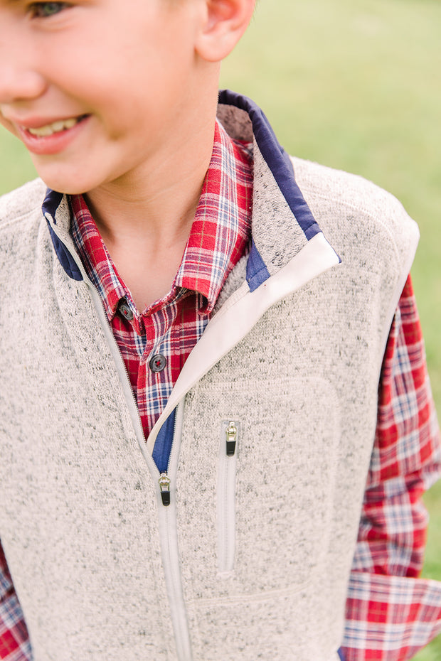 Boys - Field Fleece Vest: Grey