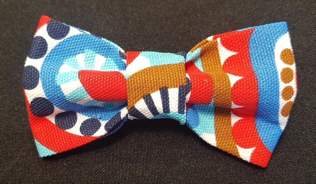 The circles of life bowtie