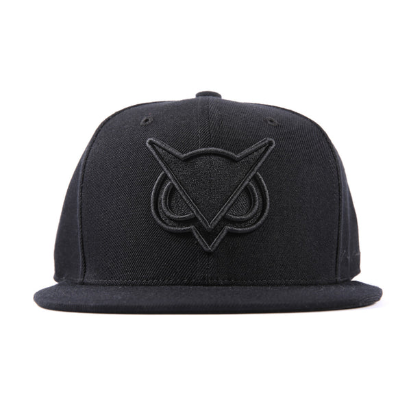 VANOSSGAMING™ || Black Logo Snapback Hat