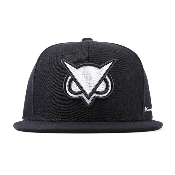 VANOSSGAMING™ || White Logo Snapback Hat