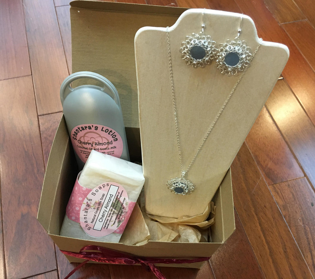Angelite Crochet Gift Set