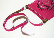 Load image into Gallery viewer, Pink Leather Shoulder Bag