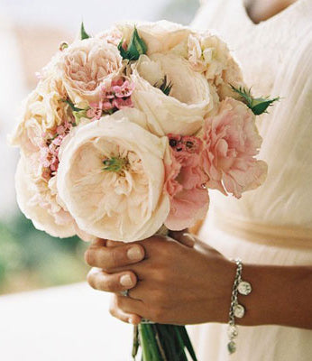 wedding flowers petals on the plaza buy flowers online florist