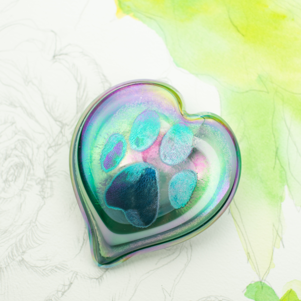 Glass Art Pet Memorials: ash infused hearts