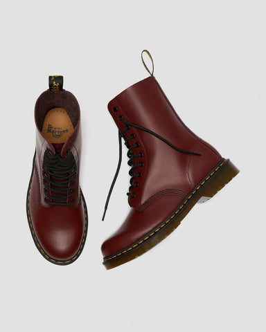 Dr Martens 1490 Cherry 10 eyes Smooth Leather