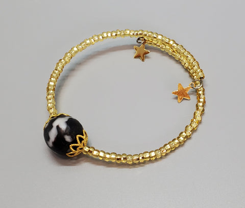 Black/White Krobo Bead Dainty Bangle