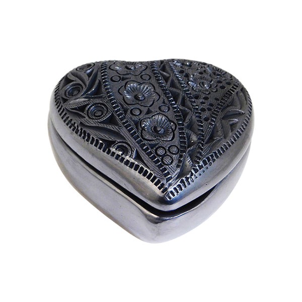 Barro Negro Heart Jewelry Box