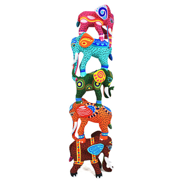 Luis Pablo: Amazing One-Piece Elephants Tower