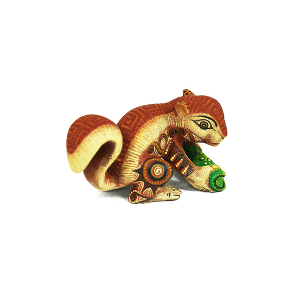 Rocio Fabian: Micro Miniature Squirrel