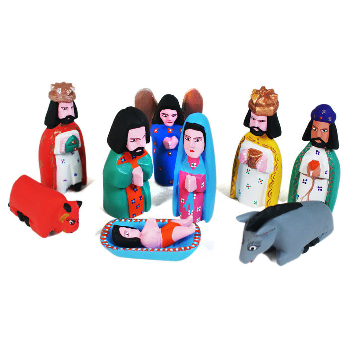 Justo Xuana: Miniature Nativity Scene