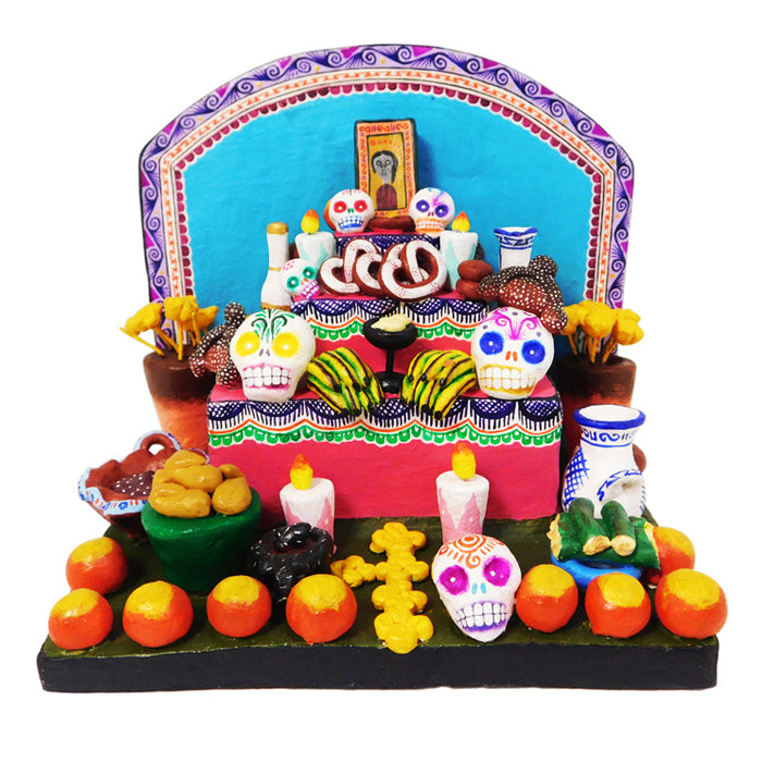 Saul Montesinos: Day of the Dead Ofrenda