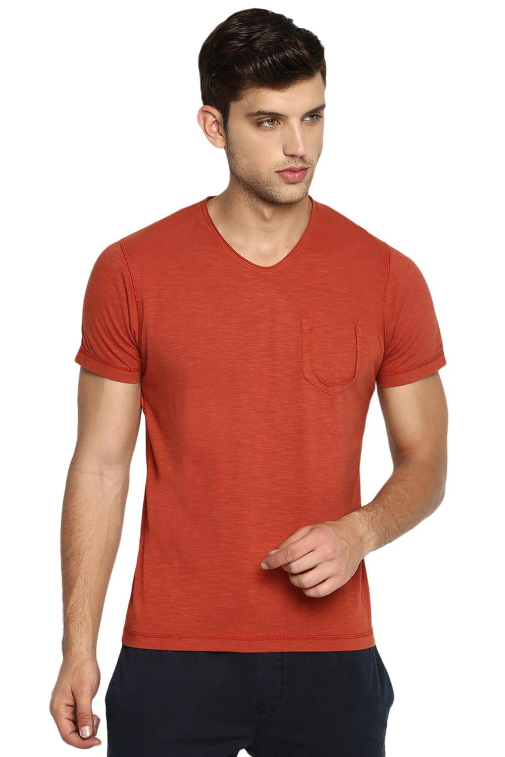 BASICS MUSCLE FIT PICANTE V NECK T SHIRT-19BTS41023