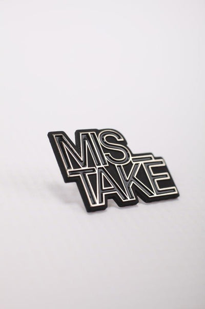 DROP2 / Pin-2 MIS_TAKE black&white
