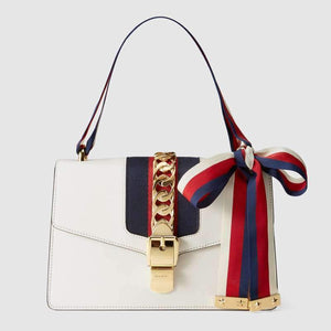 new product bbd79 64a4a GUCCI(グッチ)〔シルヴィ〕 レザー ミニバッグ