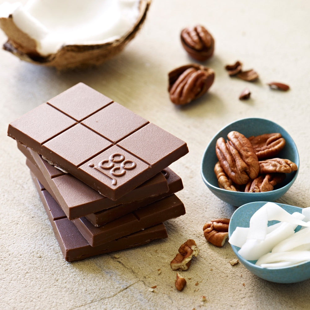 jcoco Vanuatu Coconut Pecan bar in milk chocolate