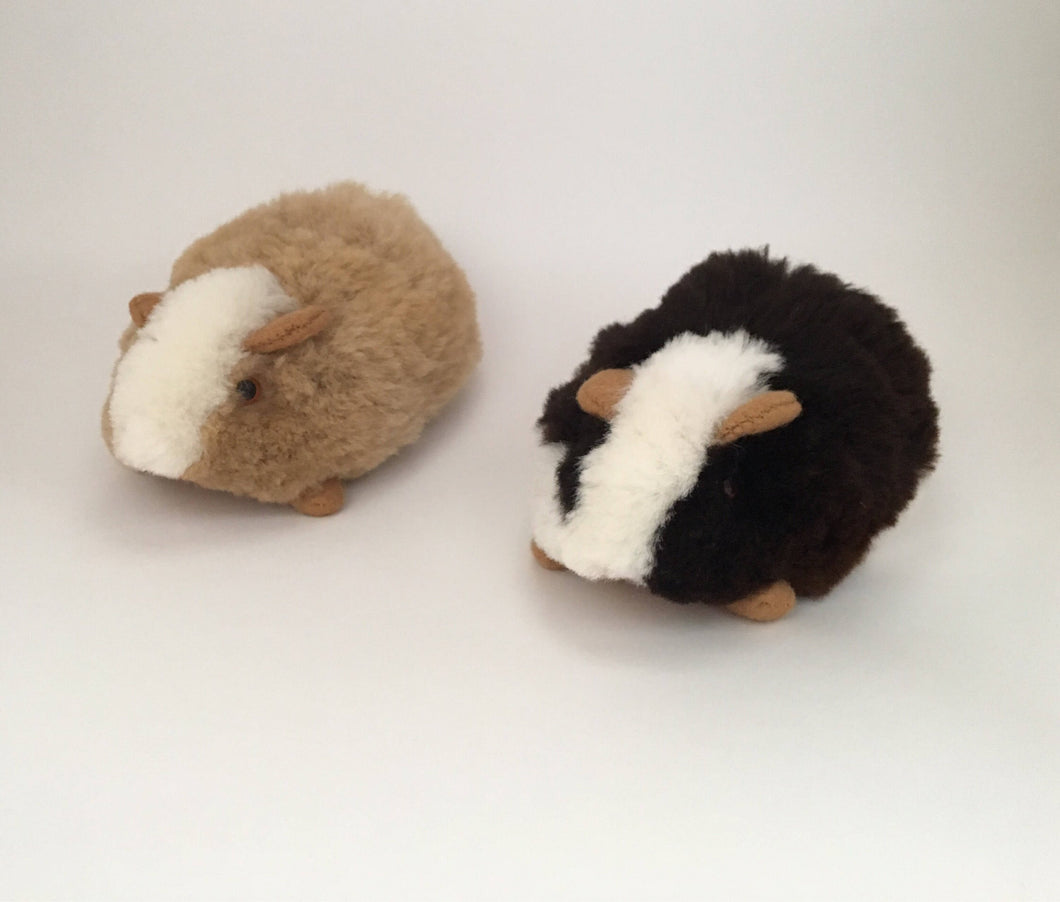 Guinea Pig Toy/Ornament, perfect for birthday or Christmas present made of alpaca wool fur, Peruvian Guinea Pig