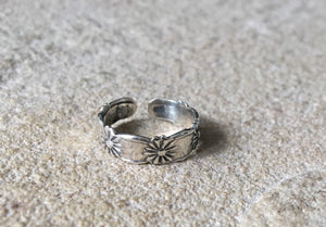 Flower Midi ring, Daisy toering, sterling silver midi ring, flower toe ring, boho midi ring, silver toe ring, adjustable midi and toe ring,
