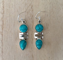 Load image into Gallery viewer, Turquoise silver earrings Oval and Teardrop