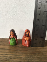 Load image into Gallery viewer, Nativity Scene, Nativity Set, Ceramic nativity set 8 pieces