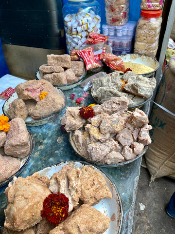 Asafoetida varieties at Delhi Spice Market