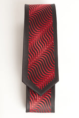Black & Red Diagonal Wave (Skinny Tie)