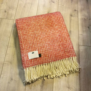 Forager Illusion Blanket - Red & Silver