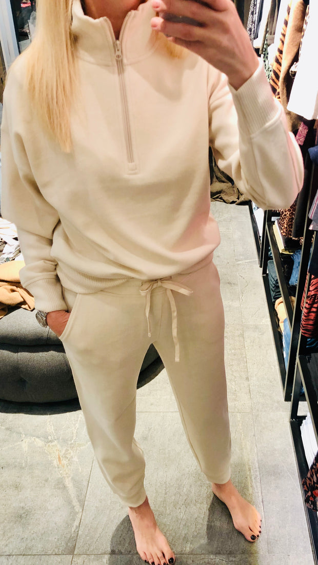 Cozy Fleece Jogger - Oyster