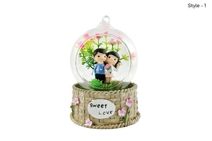 Lovely Couples Crystal Dome: Gift for Lovers/Couples
