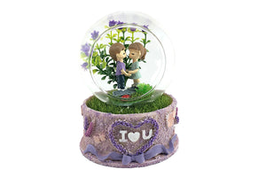 Little Cute Couple Standing Together Musical Crystal Dome