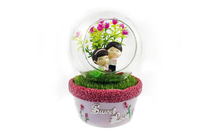 Sweet Lovers Musical Crystal Dome