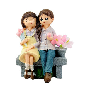 Cute Couple Sitting Together Decorative Ornaments, Gift for Lovers/Couples