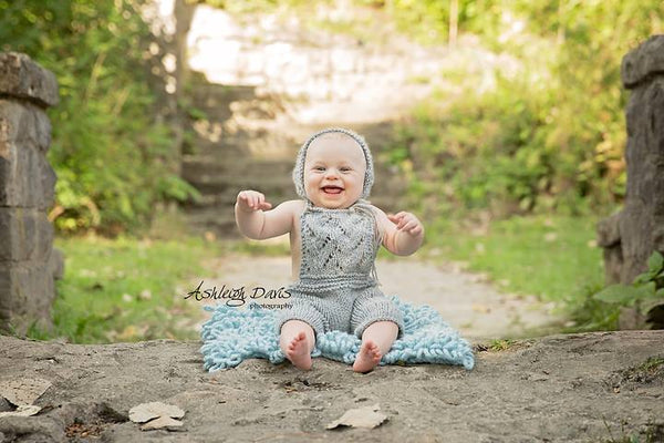 Matching Bonnet to Knit Lace Overalls