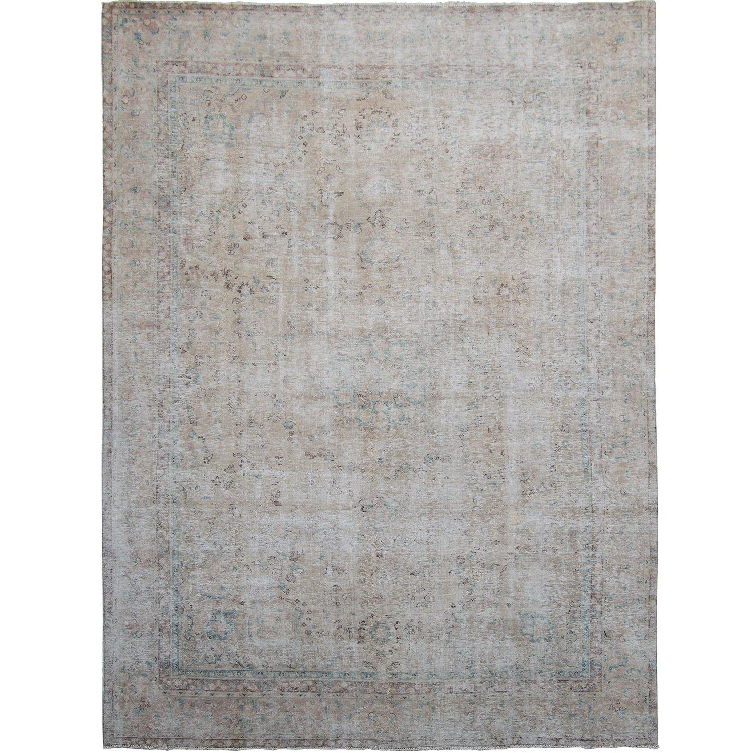 Vintage Persian Hand-knotted Rug 272cm x 362cm Persian-Rug | House-of-Haghi | NewMarket | Auckland | NZ | Handmade Persian Rugs | Hand Knotted Persian Rugs