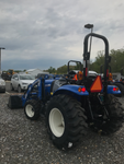 New Holland Boomer 35, HST Tractor with 250TLA Loader