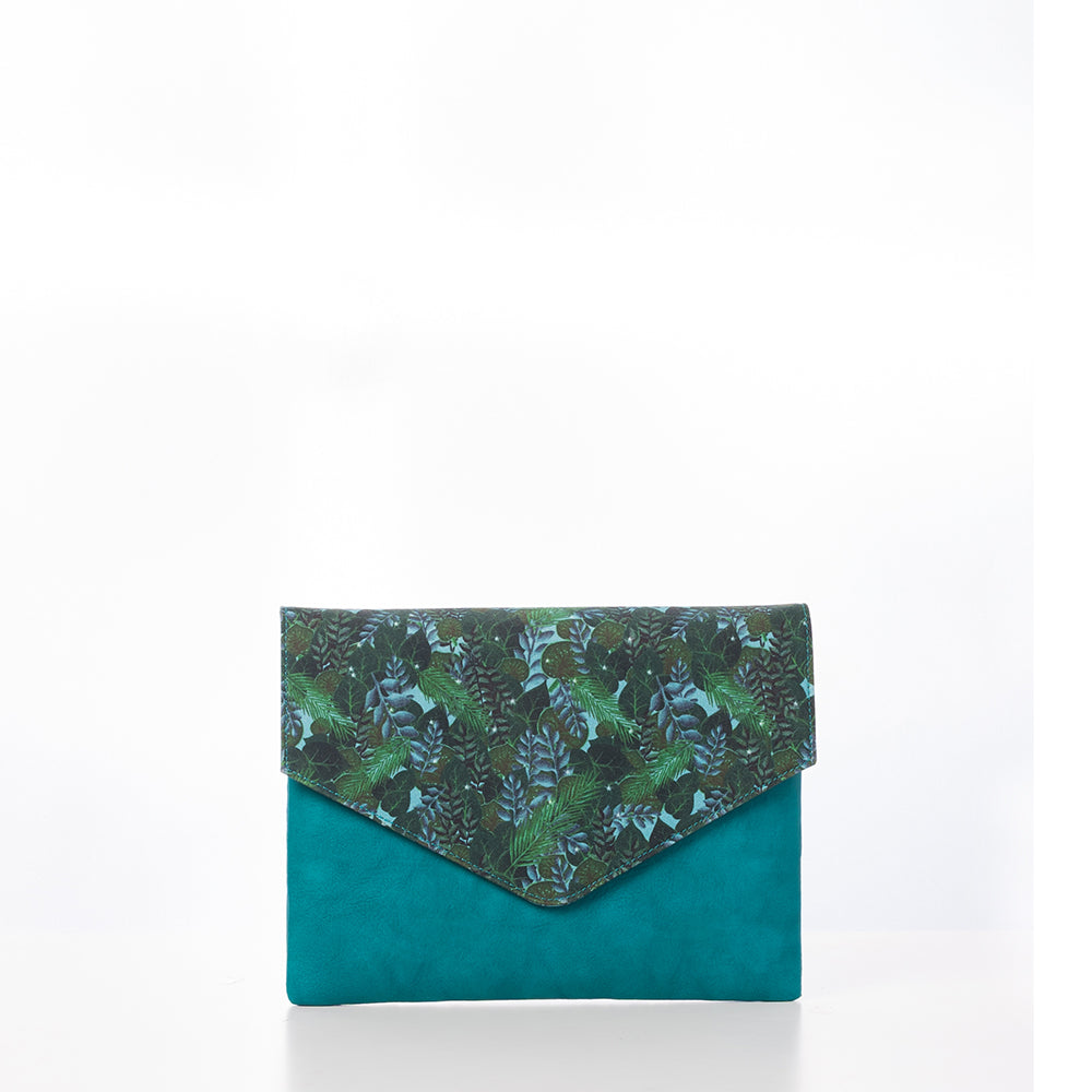 Thamin Phyo Envelope Clutch