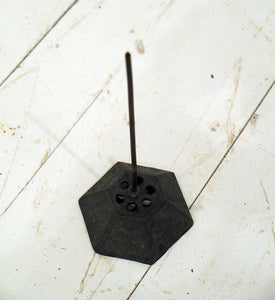 Paper Spike with Hexagon Base