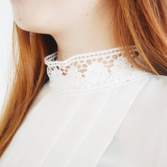 Shing Lacey turtle collar
