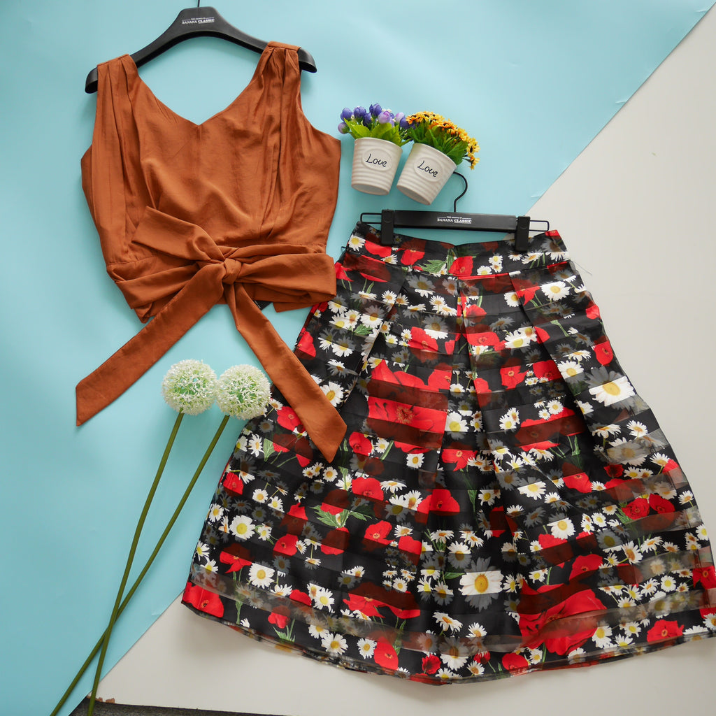 Agapi with flora skirt set