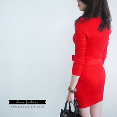 Knitted Dress with Belt