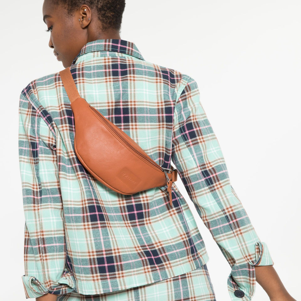 EASTPAK • Banane Springer Brandy Leather