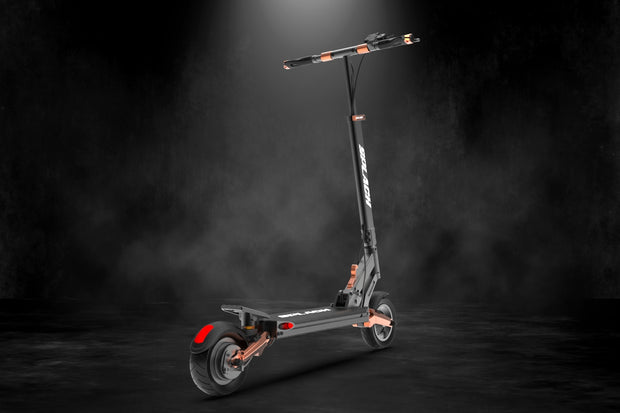 SPLACH-TURBO: Ultra-smooth Suspension E-Scooter to propel you fast.
