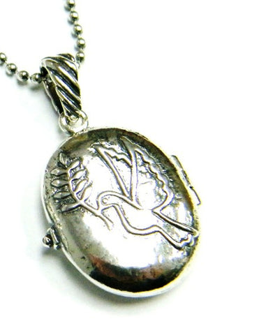 locket necklace for woman from Bluenoemi jewelry