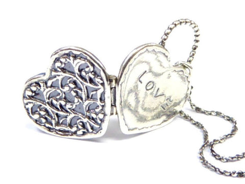 locket necklace for woman heart love pendant