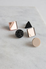 BASIC -Stud Earrings Set