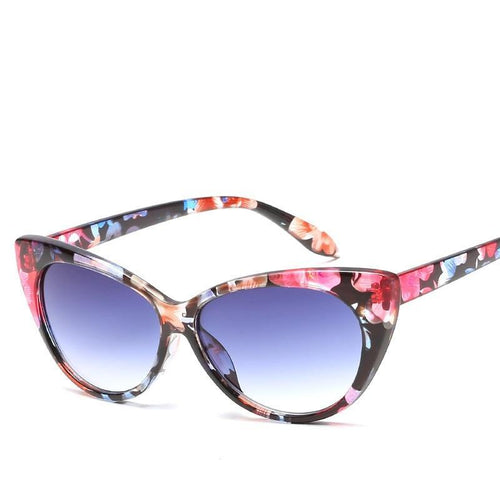Fabulous and Feminine Sunglasses - Dreaming In Scarlett
