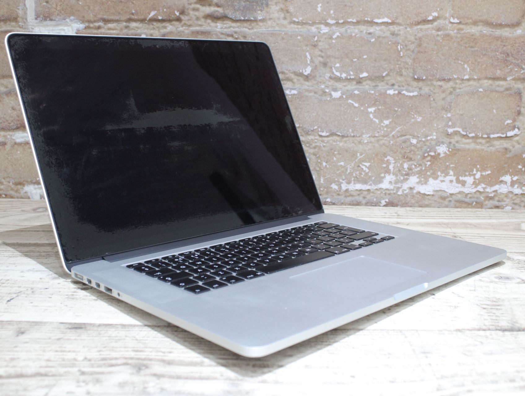 Apple MacBook Pro Mid 2015 15.4