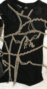 tshirt with chains