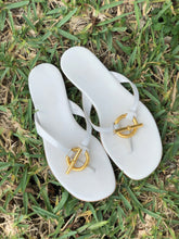 Load image into Gallery viewer, Hermes White Sandals Sz 38