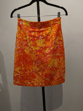 Load image into Gallery viewer, Michael Kors Fllower Skirt Sz 2